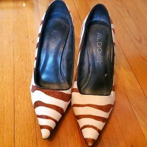 Aldo zebra stripe pointed toe heel